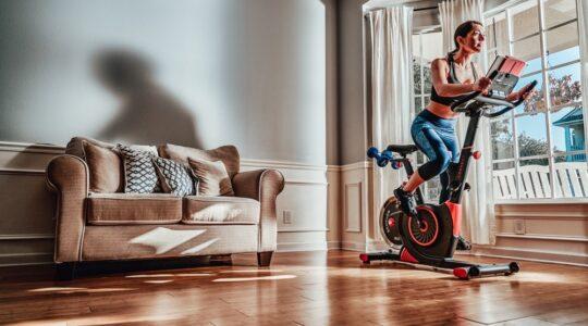 echelon bikes vs bowflex c6